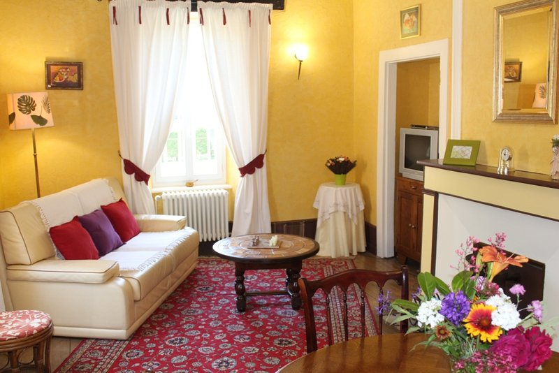 LE CLOS D ALBRAY GITE/APPARTMENT, vacation rental in Onet-le-Chateau