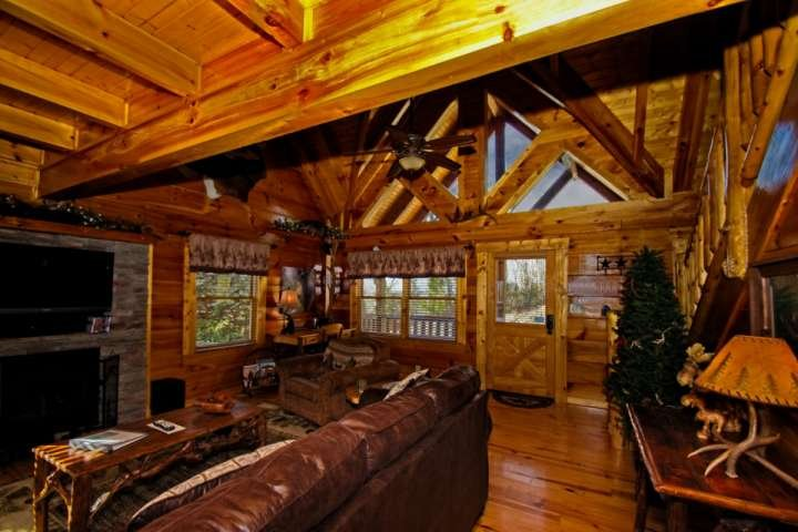 Zip-A-Dee-Doo is open and spacious, ensuring plenty of room for your guests!