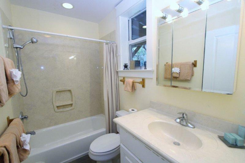Second Floor Hall Bath with Tub/Shower