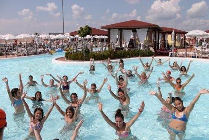 Divertiland - um dos maiores parques aquáticos perto de Bucareste