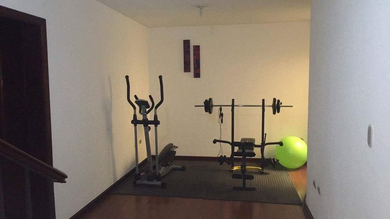 Gym included aside room