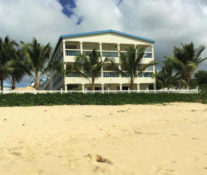 Oceanfront Vacation Condos: Barefoot Oceanfront Condo St Maarten Has DVD Player And
