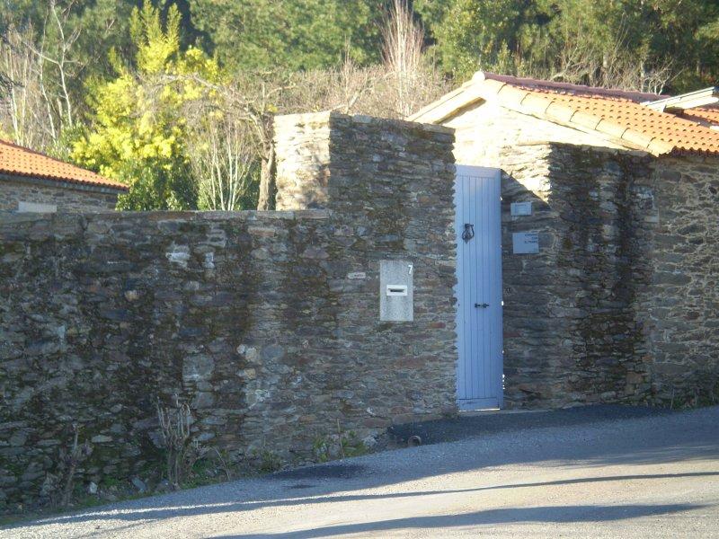 Apartamento rural con piscina y barbacoa, holiday rental in Touro