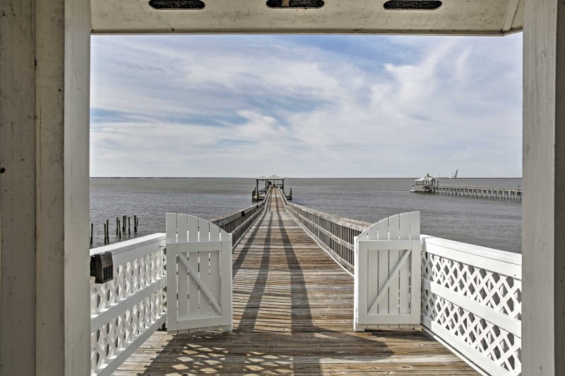 Plan a memorable trip to 'Wild Wind,' a waterfront vacation rental house!