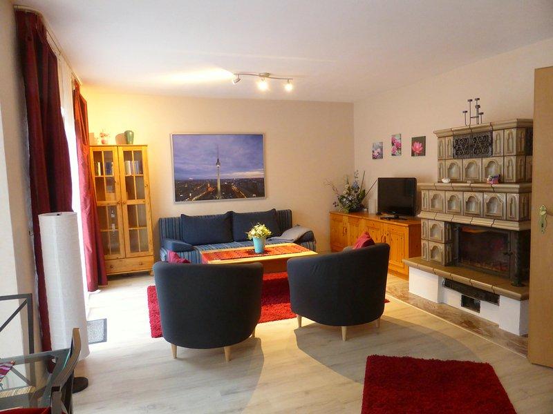 ruhige 3 Zimmer-Ferienwohnung im Süden Berlins, holiday rental in Blankenfelde