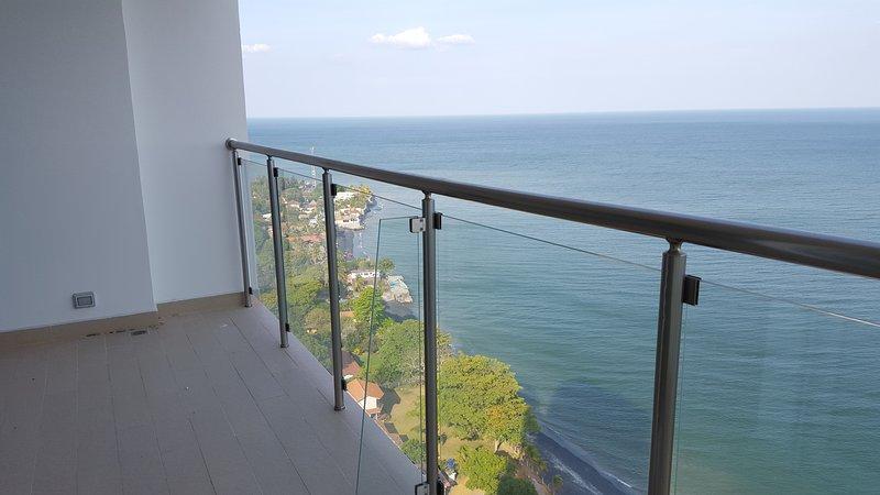 Excelente ubicación, cómodo apartamento de 100m2, muy cerca del océano Pacífico, cómodas camas