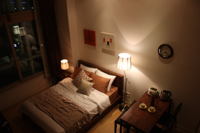 Alice & Warren's DUPLEX #2 at SEOUL Station, holiday rental in South Korea