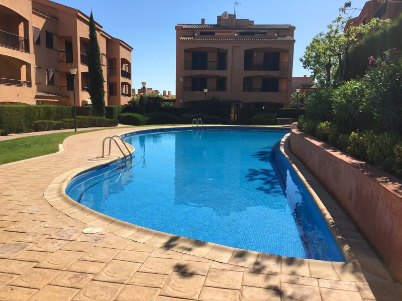 MSJ94 DUPLEX MARINA SANT JORDI, vacation rental in Calafat