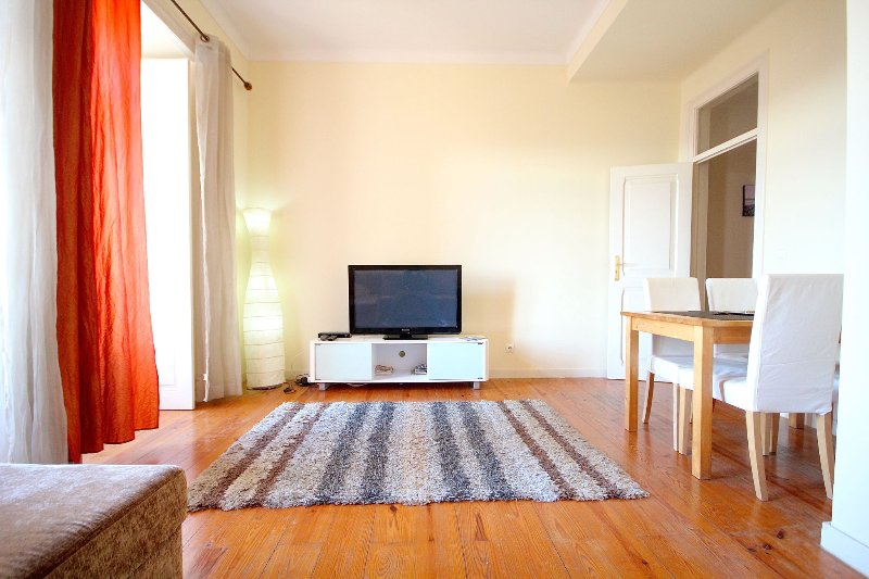 Apartment in Castelo - Spectacular Lisbon View, holiday rental in Montijo