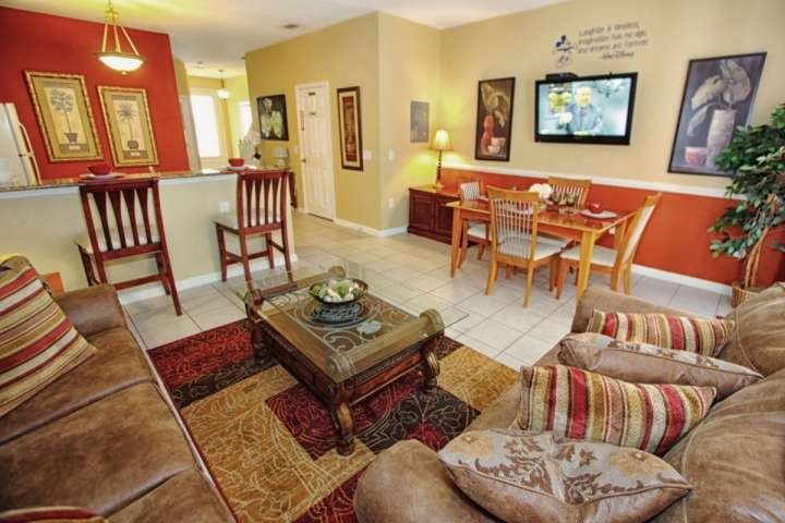 Beautifully Furnished End Unit Town Home w/Accent Walls and Upgraded Furniture