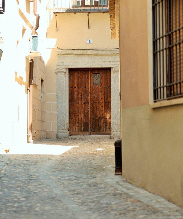 Entrada a la finca Toledana / Entrada a la antigua casa típica