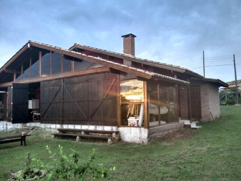 Solar. Familien in voller Ruhe in den geräumigen Wohn- / Lounge und 4 große Schlafzimmer (Entlüfter / c 1lareira)