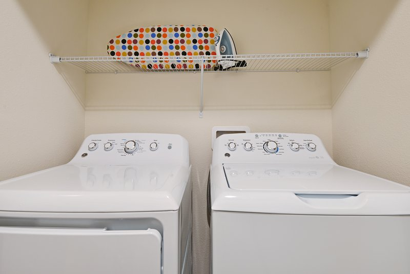 cheap condos for rent in orlando with laundry room