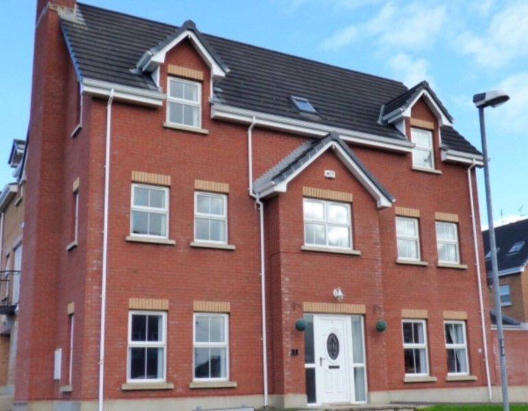The Grange, Portrush (Sleeps 12)  8 Beds - Luxury Portrush Holiday Homes, holiday rental in County Antrim