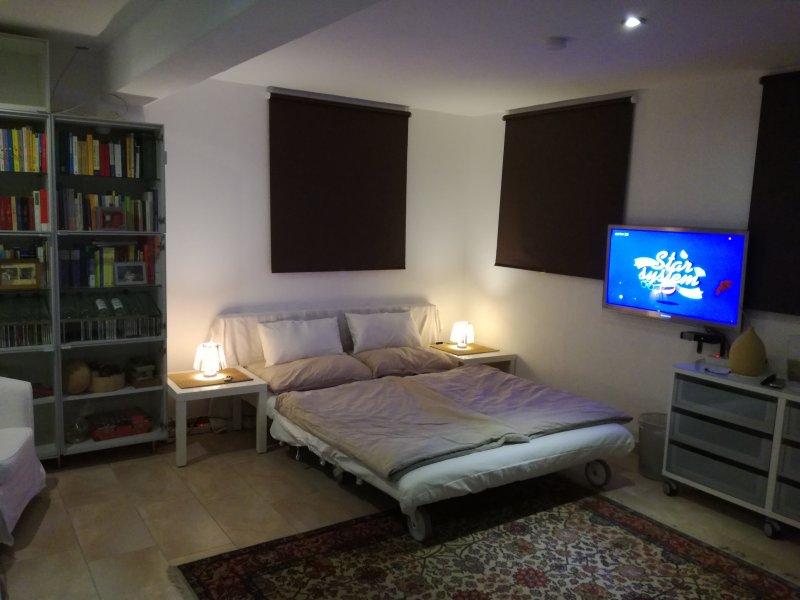 Bedroom downstairs 03