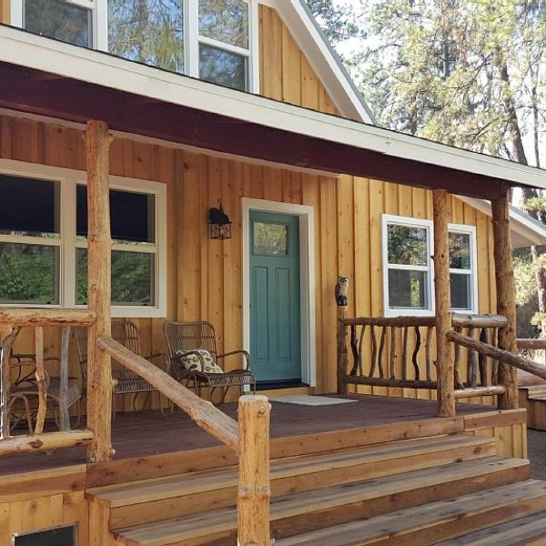 40 acre Renovated Cottage Retreat - Charming Vintage, holiday rental in Yosemite National Park