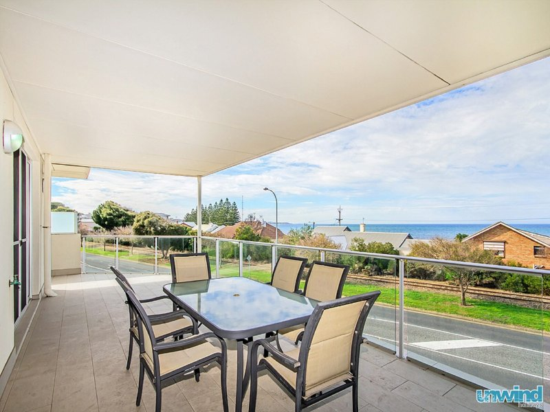 The Block Escape - Ocean View Penthouse no 6, holiday rental in McCracken