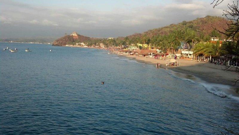 Ocean front Los Ayala Nayarit Mexico G/F, holiday rental in Los Ayala