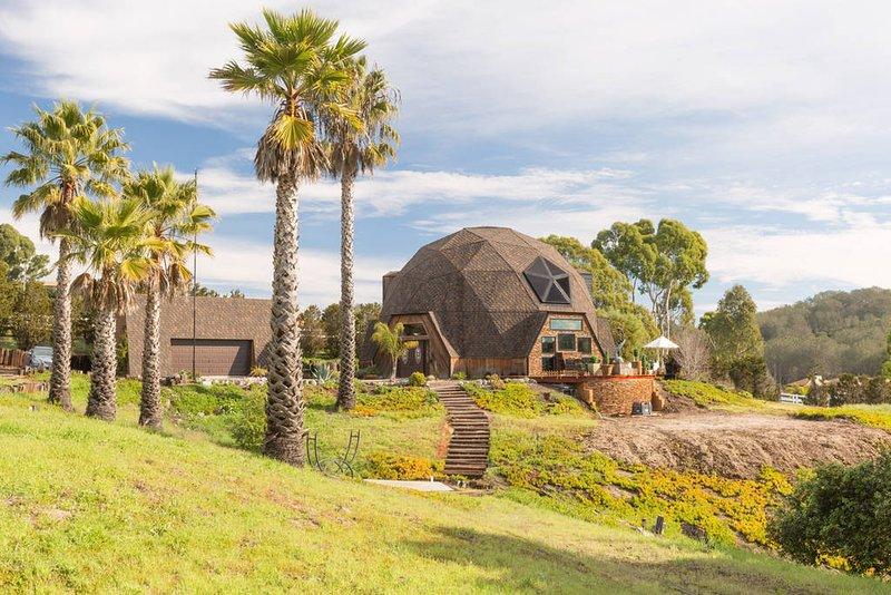 Vista Seas California Dreamin' on 3 private acres with horizon ocean view, holiday rental in Arroyo Grande