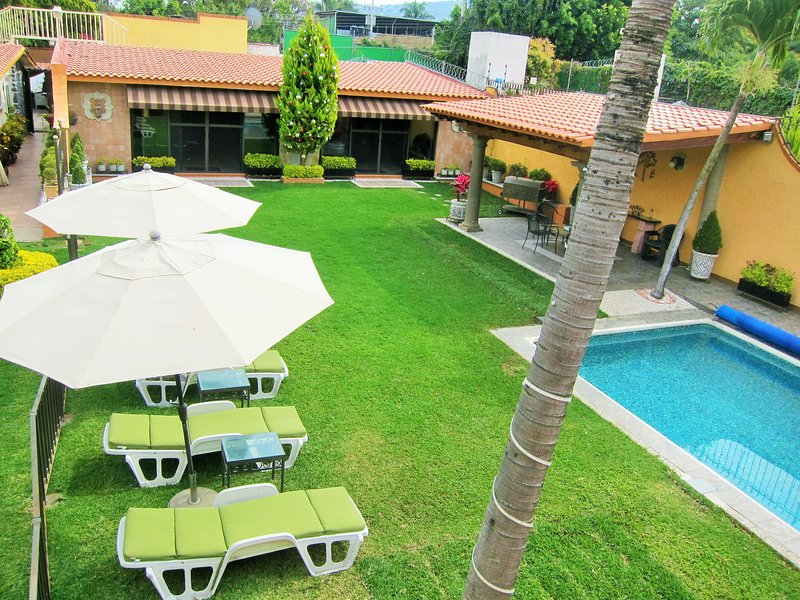 Villa las Fuentes - Affordable Luxury, holiday rental in Chiconcuac