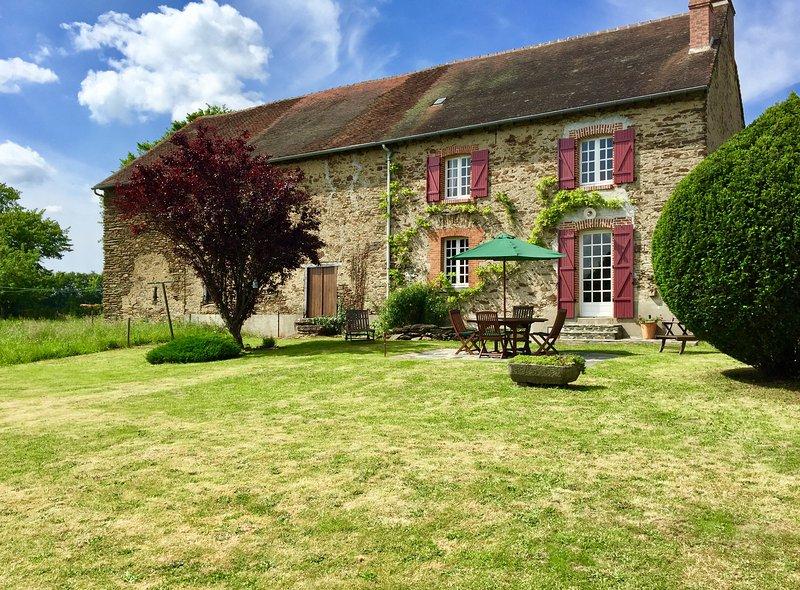 Maison Petite Creuse, holiday rental in Lourdoueix Saint Pierre