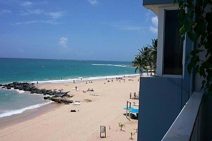 Oceanfront Condo on Beautiful Condado Beach (FEMA Flexible), holiday rental in Puerto Rico
