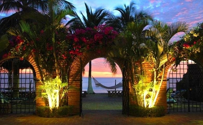 Best Value & Beachfront Property by Far in Buceria, location de vacances à Bucerias