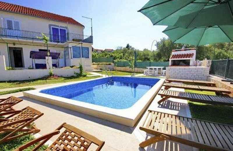 Apartamento de 4 dormitorios con piscina, Korcula