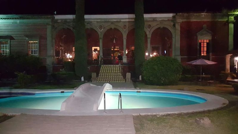 SPA hacienda Camargo, romántico restaurate - venga y siéntase como en casa, location de vacances à Apaseo El Grande