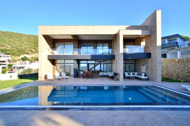 Luxury Contemporary Villa Esinti, vacation rental in Yalikavak