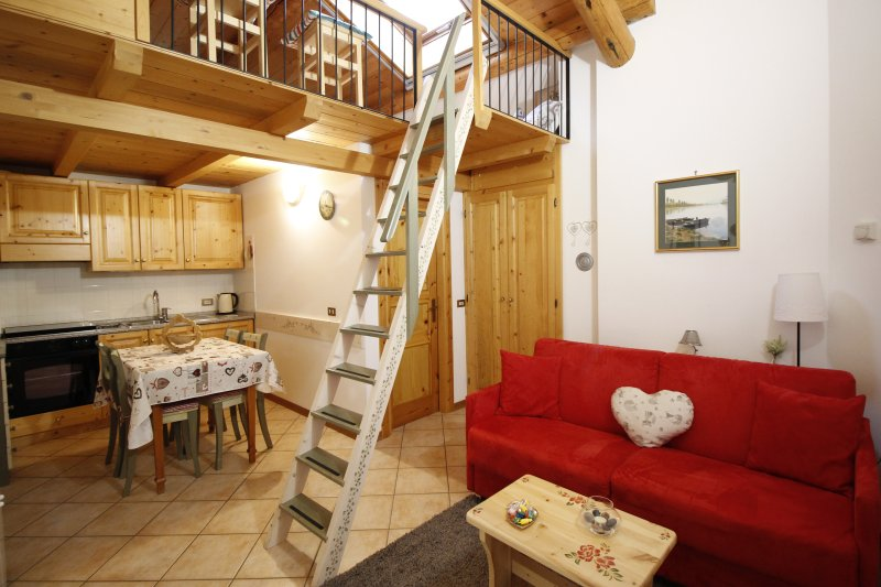 Baita de Anna: appartamento Pierina, holiday rental in Valdidentro