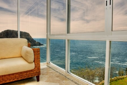 Dramatic oceanfront views