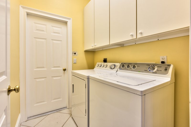 Private Washer/Dryer!