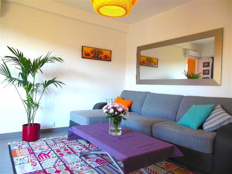 Très beau Studio - au calme avec la mer à vos pieds, holiday rental in Roquebrune-Cap-Martin