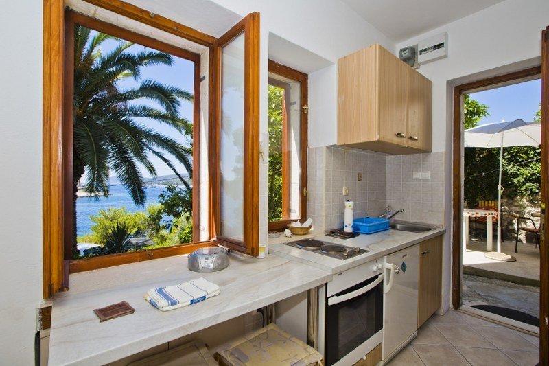 Lindo apartamento à beira-mar