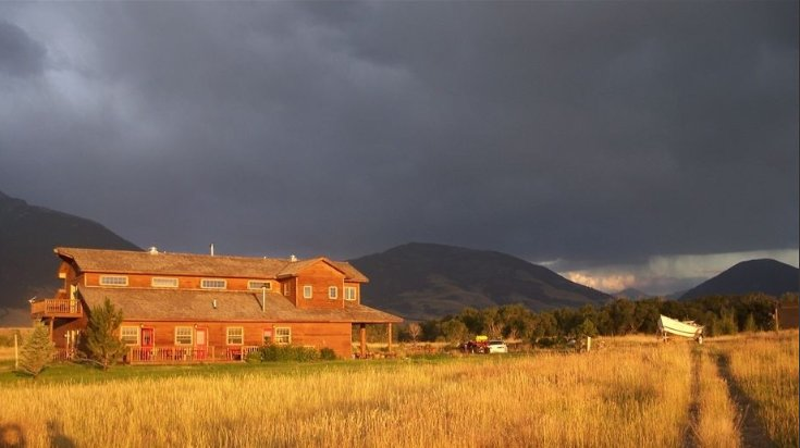 Querencia Lodge on the Yellowstone, location de vacances à Prier