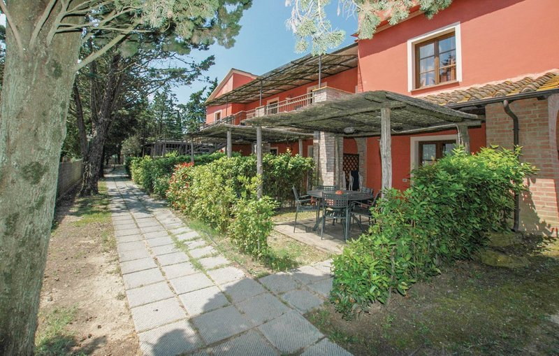 Collina B,children friendly lodging, swimming pool for children, playground, vakantiewoning in Montaione