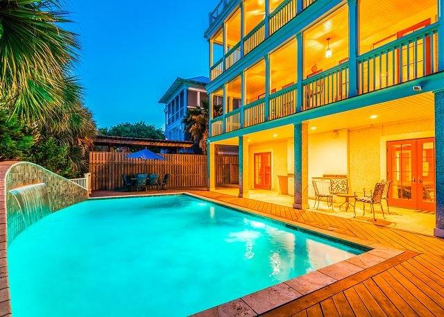 Fabulous pool with LED lights