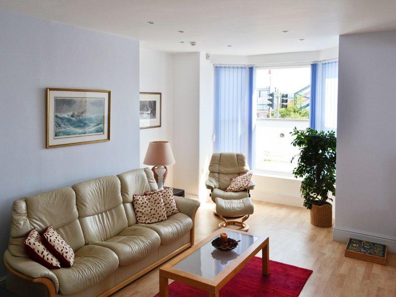 Open plan living/dining room/kitchen | Finestere, Starcross, nr. Dawlish