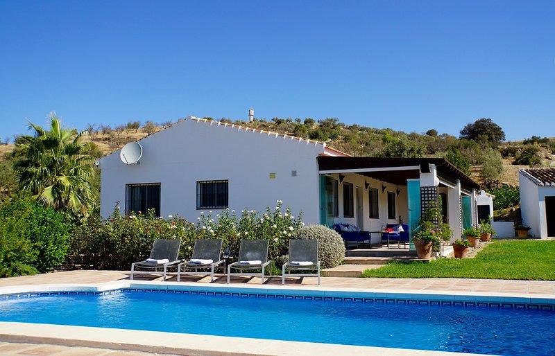 Charming pretty cottage, vacation rental in Villanueva de la Concepcion
