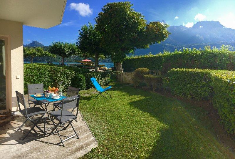 BAIE DES VOILES - #2 rez de jardin, 1ch. accès lac, holiday rental in Duingt