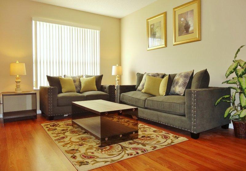 Edwin Island - 7 Bedroom luxury home – semesterbostad i Four Corners
