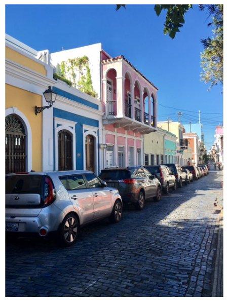 Calle Sol, na zona residencial de Old San Juan é uma curta distância de todos os pontos de interesse