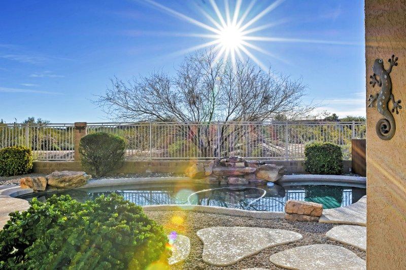 Te encantará descansar en la piscina privada.