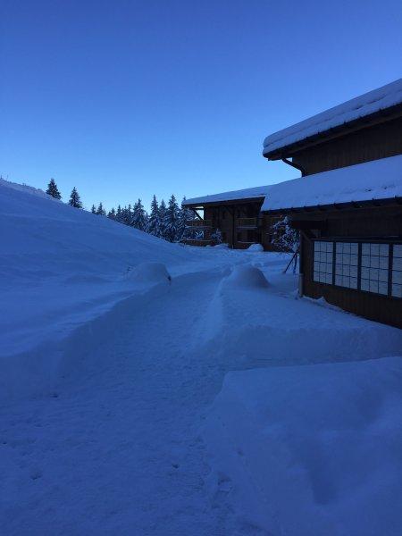Départ ski aux pieds
