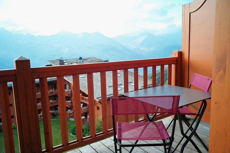 Terrasse aménagée avec vue sur le Mont-Blanc