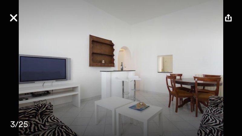 Roma Ostia Guest house 100mt sea, location de vacances à Lido di Castel Fusano