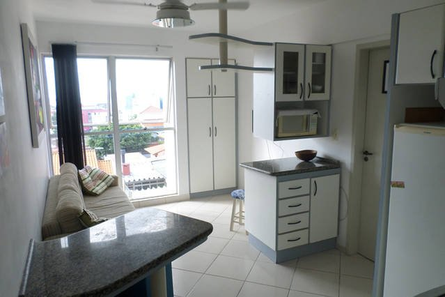 Apartamento p/ temporada em Florianopolis -Acomoda 7 pessoas (ótima localização), location de vacances à Sao Jose