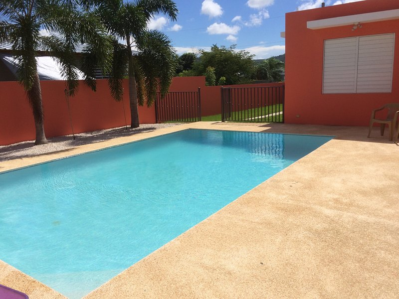 Villa Gomez 3 bedroom, 2.5 bathroom house with private pool near Boqueron, holiday rental in Guanica