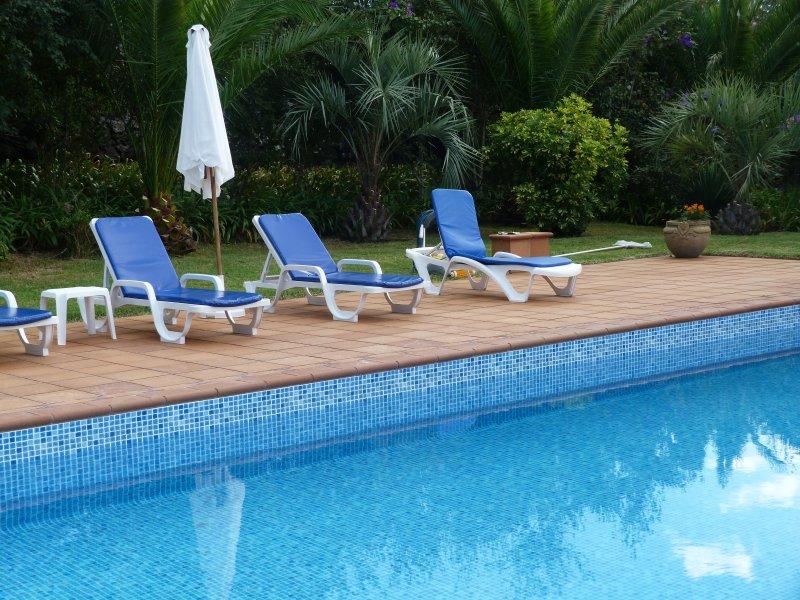 Atlântico Apartments - Areal de Santa Barbara, vacation rental in São Miguel